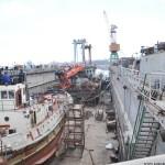 Противодиверсионный катер «Голая пристань» подняли в док судоверфи «Украина...