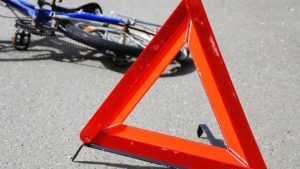 В поисках справедливости: сбитого велосипедиста оставили умирать на дороге