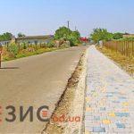 Дорожное покрытие и тротуары в Межлиманье подверглись разрушениям
