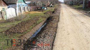 Деньги на ветер: как новое дорожное покрытие в Одесской области пришло в негодность (ВИДЕО, ФОТО)