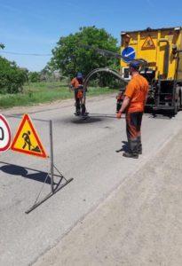 Ремонт автодороги в Одесской области ведется под контролем