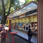 Стало известно, как в Одессе контролируют пункты продажи шаурмы (ВИДЕО)