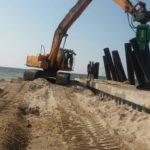 В Одесской области ремонтируют дамбу между Черным морем и Тилигульским лима...