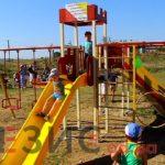 В селе Мариновка Беляевского района открыли детские площадки (видео)