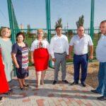 В селе Дачное завершается строительство современной спортплощадки (фото)